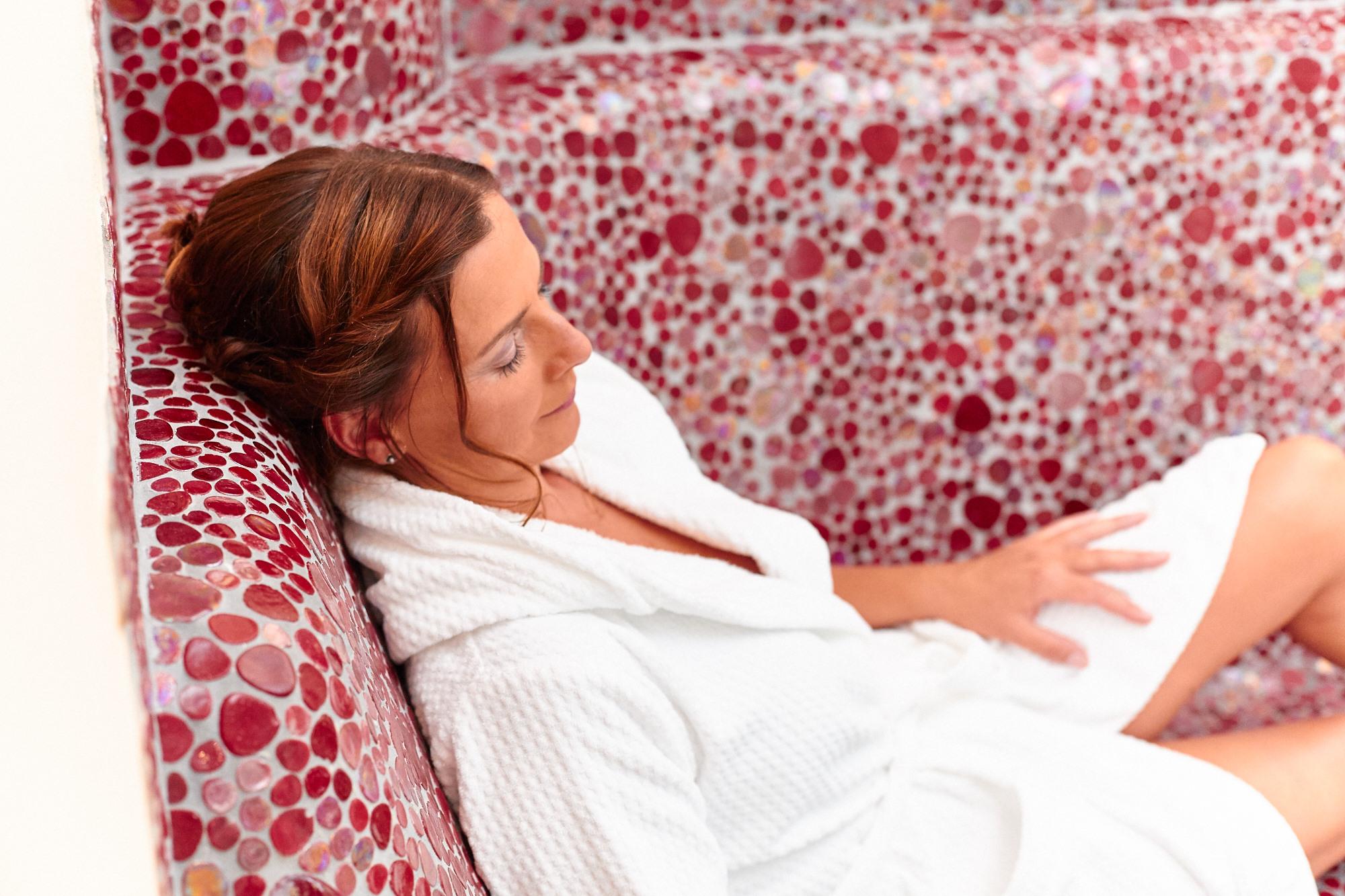 Relaxen im Hallenbad